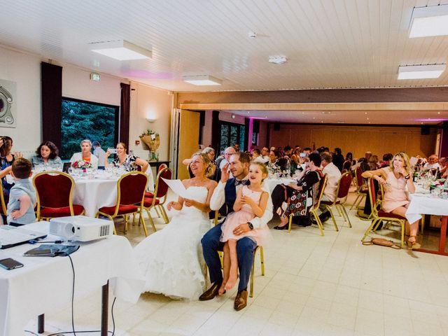 Le mariage de Damien et Isabelle à Roncq, Nord 54