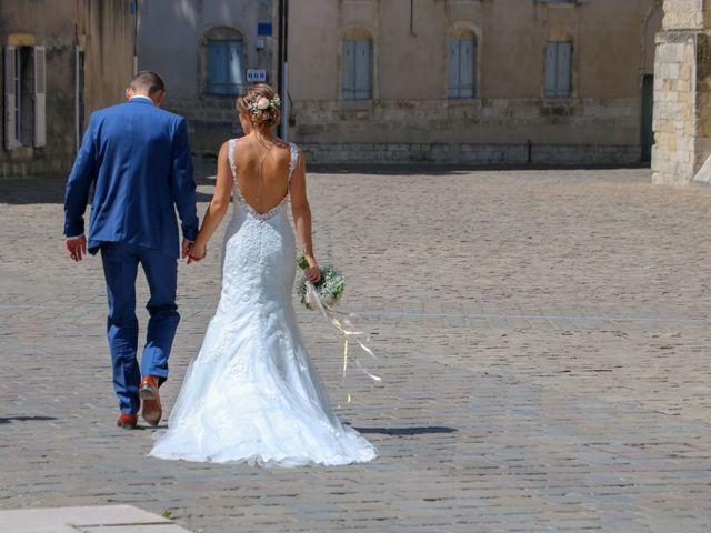 Le mariage de Guillaume et Amandine à Bourges, Cher 2