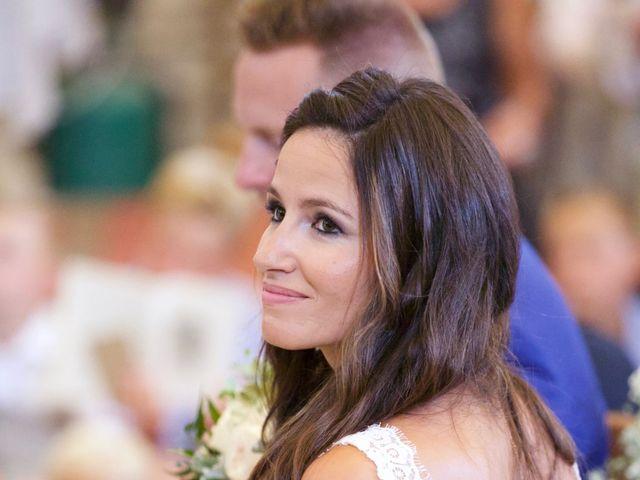 Le mariage de Thibaut et Magali à Le Garn, Gard 35