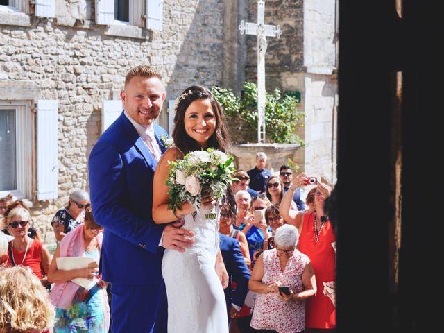 Le mariage de Thibaut et Magali à Le Garn, Gard 37