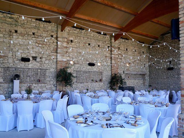 Le mariage de Thibaut et Magali à Le Garn, Gard 59