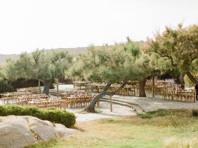 Le mariage de Victor et Caroline à Lumio, Corse 15