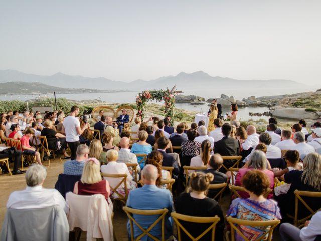 Le mariage de Victor et Caroline à Lumio, Corse 32