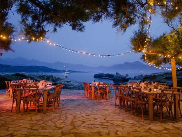 Le mariage de Victor et Caroline à Lumio, Corse 53