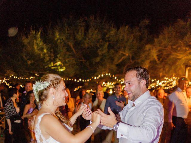 Le mariage de Victor et Caroline à Lumio, Corse 56