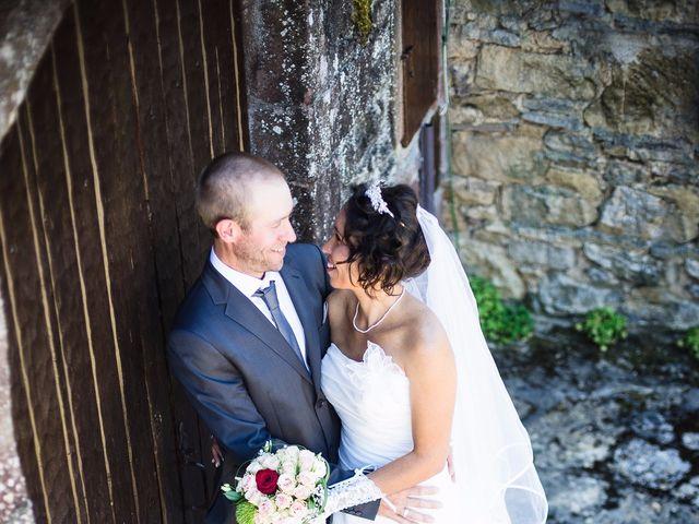 Le mariage de alex et leya à Saint-Laurent-d'Olt, Aveyron 4