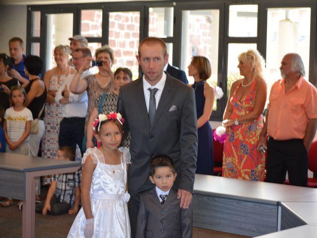 Le mariage de alex et leya à Saint-Laurent-d'Olt, Aveyron 1