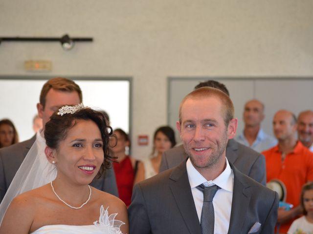 Le mariage de alex et leya à Saint-Laurent-d'Olt, Aveyron 7