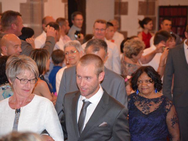 Le mariage de alex et leya à Saint-Laurent-d'Olt, Aveyron 9