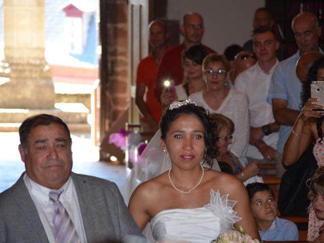 Le mariage de alex et leya à Saint-Laurent-d'Olt, Aveyron 11