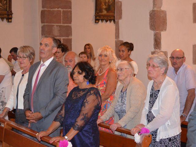 Le mariage de alex et leya à Saint-Laurent-d'Olt, Aveyron 24