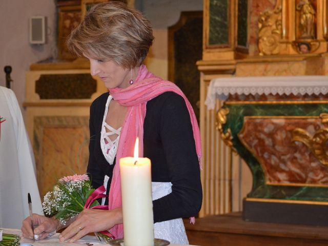 Le mariage de alex et leya à Saint-Laurent-d'Olt, Aveyron 36