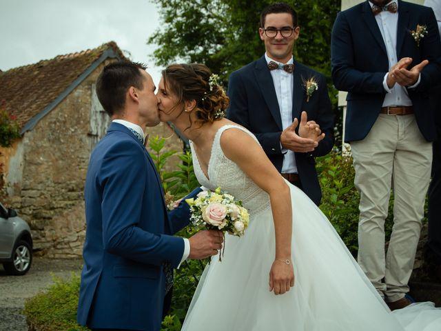 Le mariage de Maxime et Emma à Domfront-en-Champagne, Sarthe 14