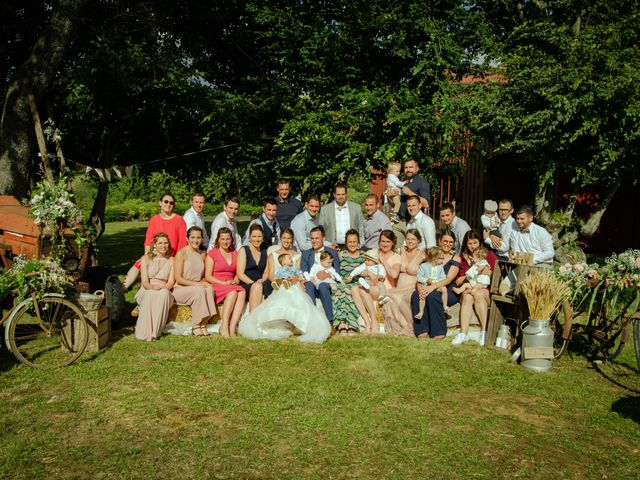 Le mariage de Maxime et Emma à Domfront-en-Champagne, Sarthe 25