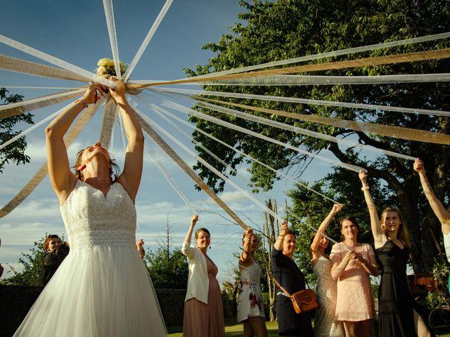 Le mariage de Maxime et Emma à Domfront-en-Champagne, Sarthe 27