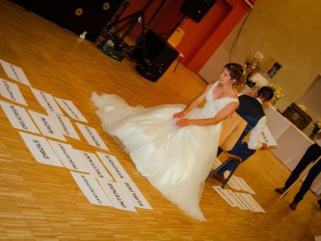 Le mariage de Maxime et Emma à Domfront-en-Champagne, Sarthe 29