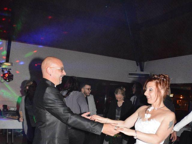 Le mariage de Frédéric et Delphine à Vermelles, Pas-de-Calais 30