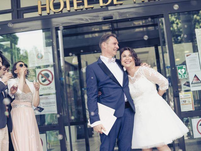 Le mariage de Guy et Corinne à Montigny-le-Bretonneux, Yvelines 10
