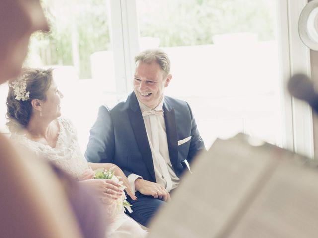 Le mariage de Guy et Corinne à Montigny-le-Bretonneux, Yvelines 20
