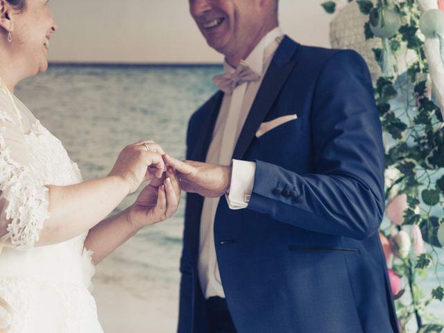 Le mariage de Guy et Corinne à Montigny-le-Bretonneux, Yvelines 28