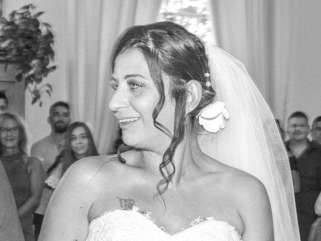 Le mariage de Yannick et Lucy à Aubignan, Vaucluse 19