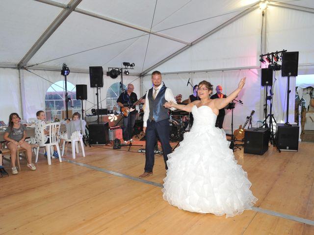 Le mariage de Stéphane et Céline à Saint-Gervais-en-Vallière, Saône et Loire 2