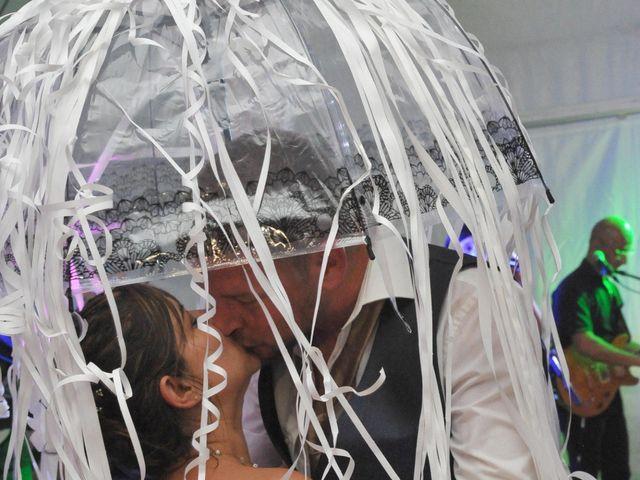 Le mariage de Stéphane et Céline à Saint-Gervais-en-Vallière, Saône et Loire 15