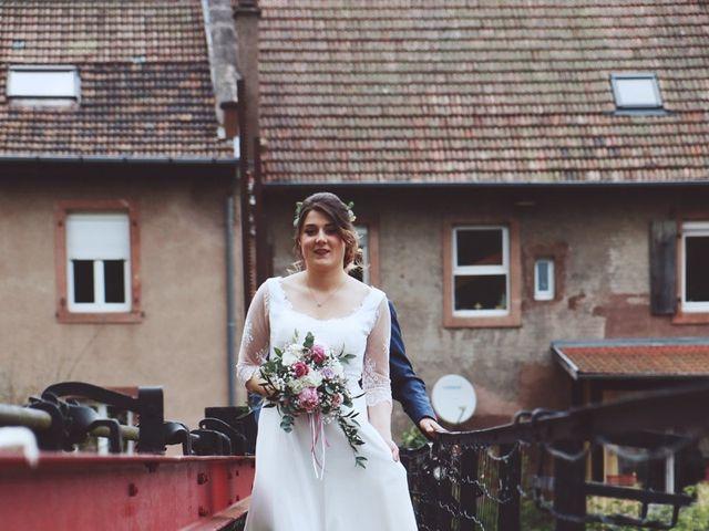 Le mariage de Romain et Noémie à Wisches, Bas Rhin 9