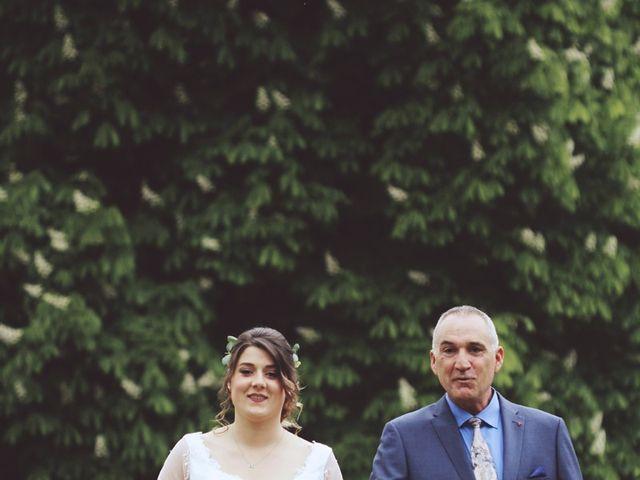 Le mariage de Romain et Noémie à Wisches, Bas Rhin 11