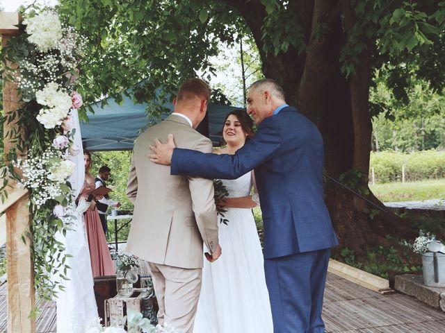 Le mariage de Romain et Noémie à Wisches, Bas Rhin 13