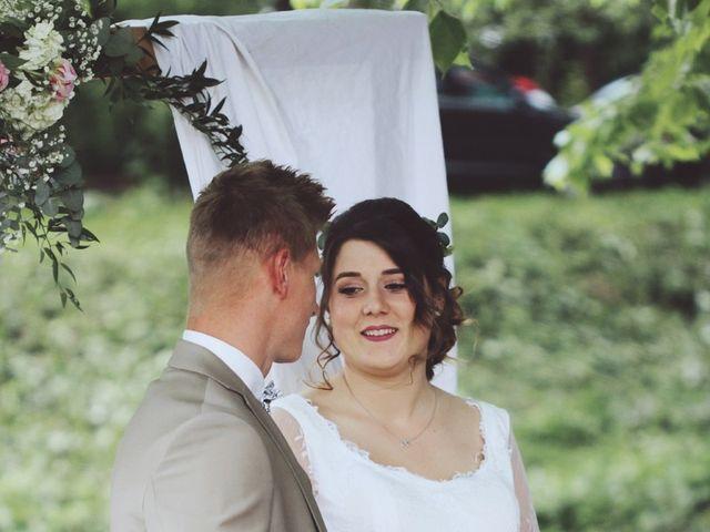Le mariage de Romain et Noémie à Wisches, Bas Rhin 16