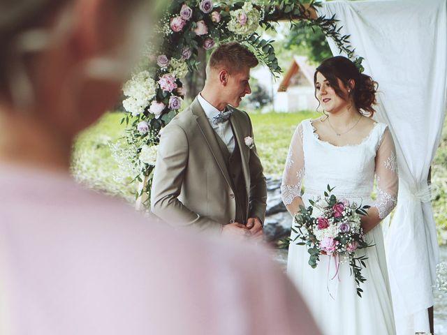 Le mariage de Romain et Noémie à Wisches, Bas Rhin 17