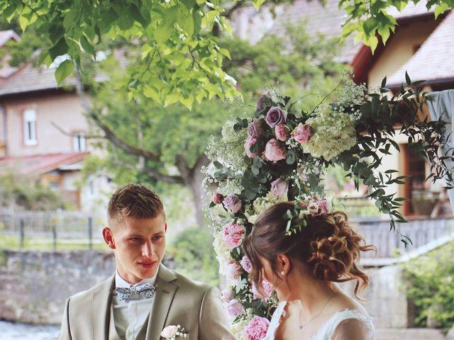 Le mariage de Romain et Noémie à Wisches, Bas Rhin 20