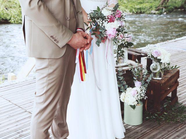 Le mariage de Romain et Noémie à Wisches, Bas Rhin 22