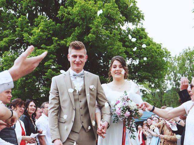 Le mariage de Romain et Noémie à Wisches, Bas Rhin 27