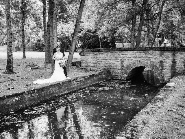 Le mariage de Christophe et Jessica à Marigny-le-Châtel, Aube 33