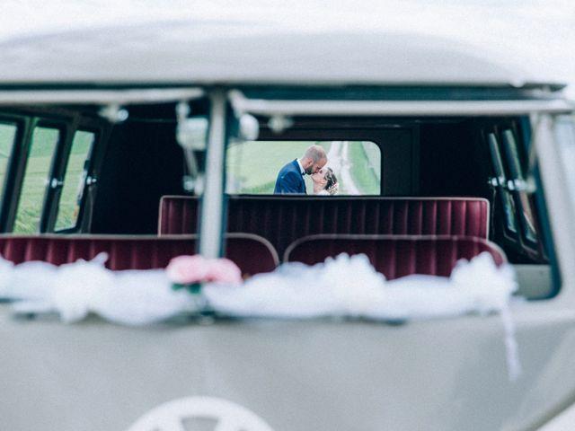 Le mariage de Christophe et Jessica à Marigny-le-Châtel, Aube 38