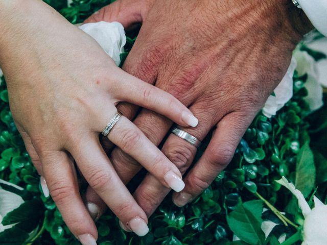 Le mariage de Christophe et Jessica à Marigny-le-Châtel, Aube 41