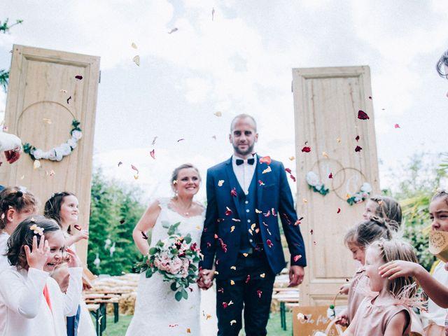 Le mariage de Christophe et Jessica à Marigny-le-Châtel, Aube 53