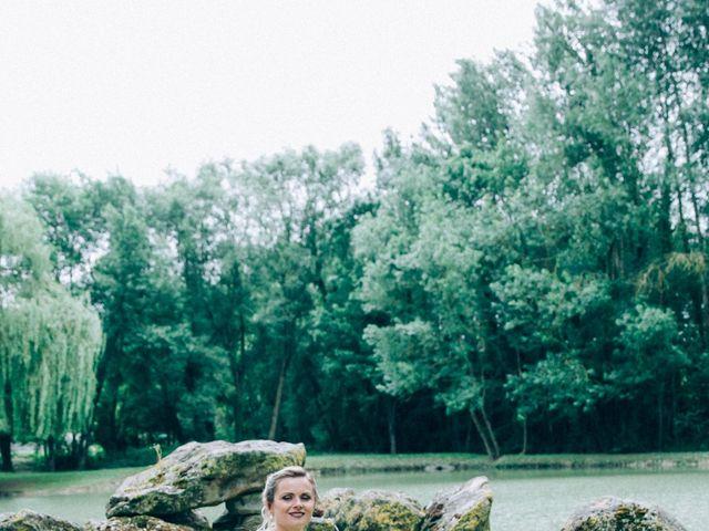 Le mariage de Christophe et Jessica à Marigny-le-Châtel, Aube 28