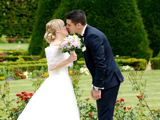 Le mariage de Cyril et Nadège à Saint-Étienne-la-Varenne, Rhône 5