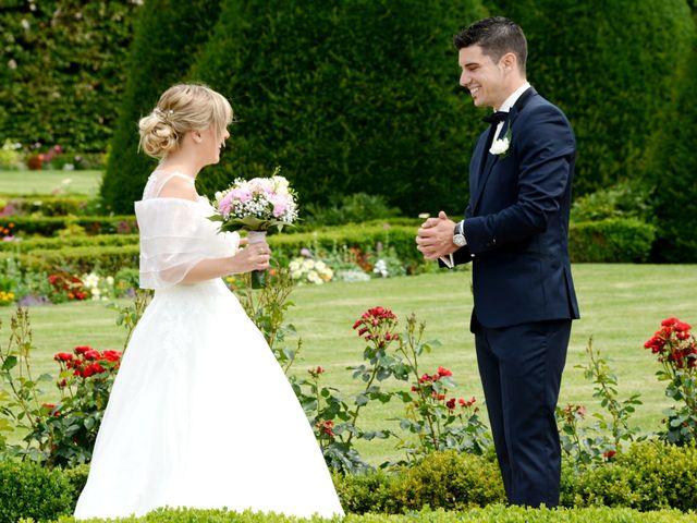 Le mariage de Cyril et Nadège à Saint-Étienne-la-Varenne, Rhône 6