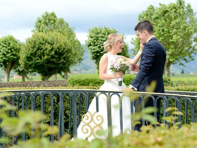 Le mariage de Cyril et Nadège à Saint-Étienne-la-Varenne, Rhône 9