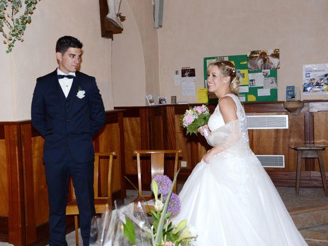 Le mariage de Cyril et Nadège à Saint-Étienne-la-Varenne, Rhône 37