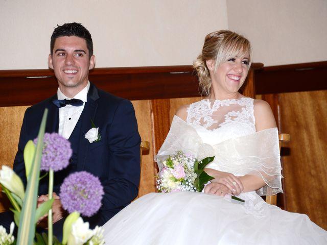Le mariage de Cyril et Nadège à Saint-Étienne-la-Varenne, Rhône 38