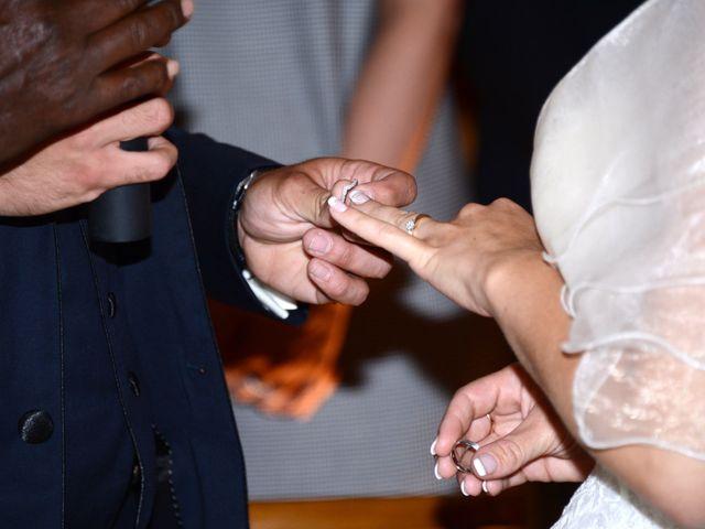 Le mariage de Cyril et Nadège à Saint-Étienne-la-Varenne, Rhône 41