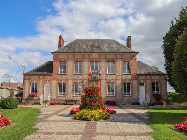 Le mariage de Dimitri et Julie à Ferrières-en-Bray, Seine-Maritime 18