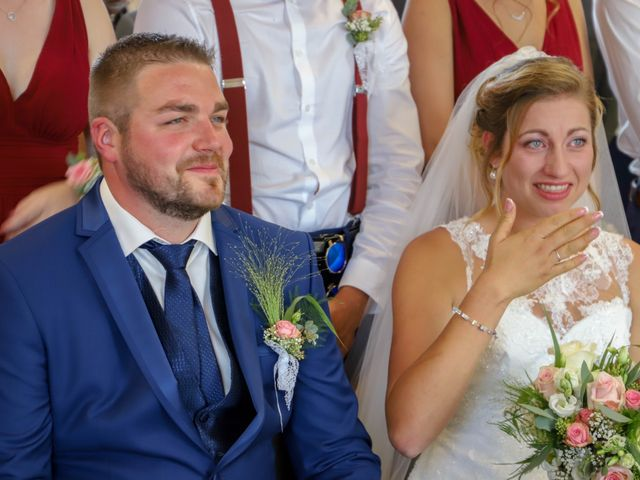 Le mariage de Dimitri et Julie à Ferrières-en-Bray, Seine-Maritime 34