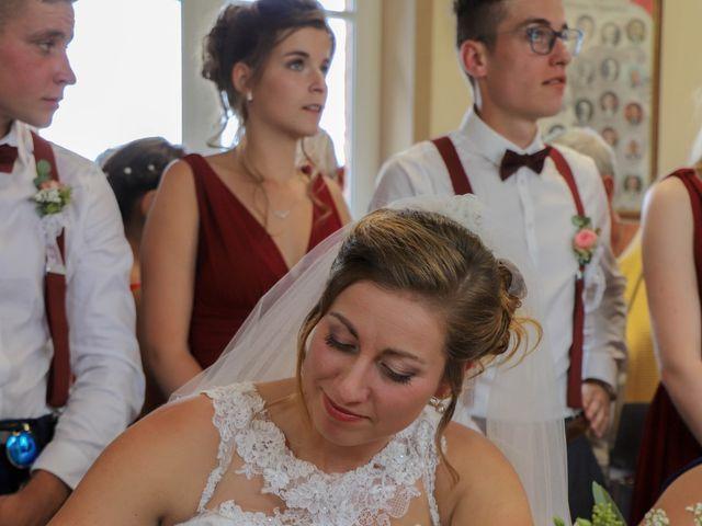 Le mariage de Dimitri et Julie à Ferrières-en-Bray, Seine-Maritime 40