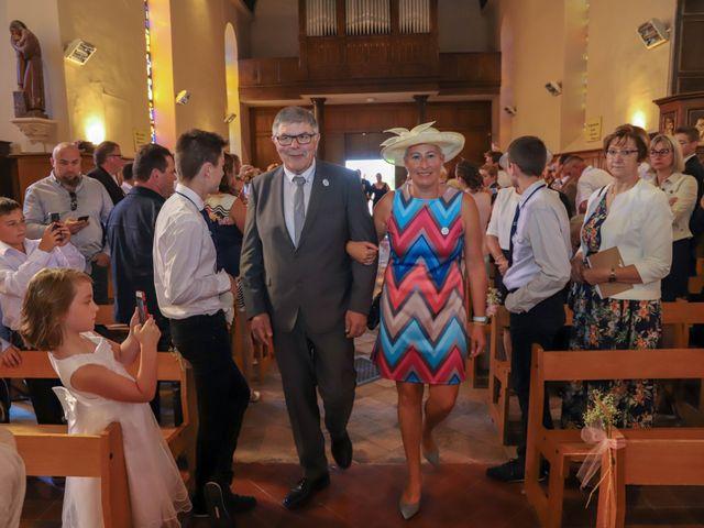 Le mariage de Dimitri et Julie à Ferrières-en-Bray, Seine-Maritime 44